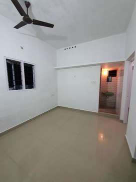 2nd floor 1 BHK house for rent small family Rs. 7000 at Thykoodam