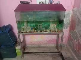Big size Fish Aquarium with light, oxygen,3 castles and marbles decor