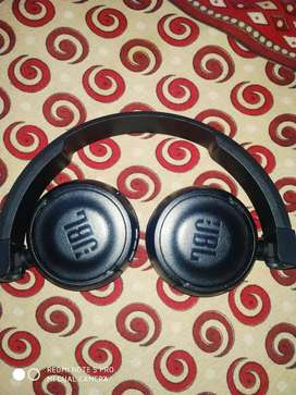 excellence condition only 3 month used JBL BT HEADPHONE