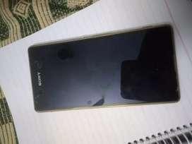 Sony M5 Aqua Dead mobile, Gold colour,