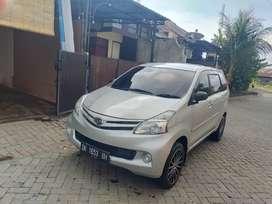 Daihatsu xenia 2013