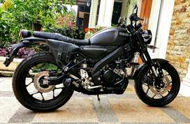 Dijual YAMAHA XSR 155 BLACK