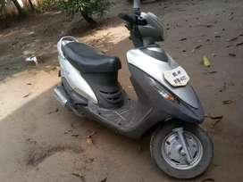 Mahindra scooter
