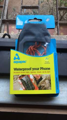 New aquapac pouch for terrain and waterproof for cellphones.