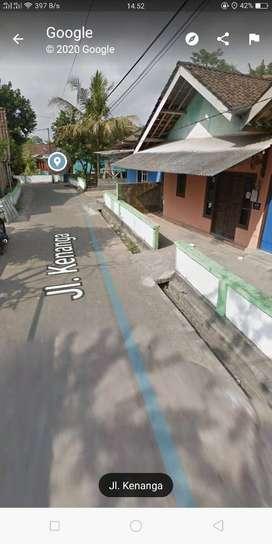 Rumah Disewakan Hanya 1km Dari SCH dekat Kampung Flory Jogja. SF5225