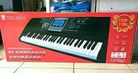 Keyboard organ techno T9700 iG3 Musik