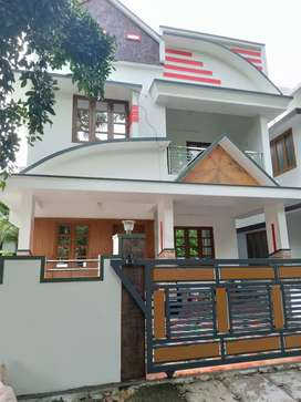3 bhk 1600 sqft new build house at kakkanad near kangarapady