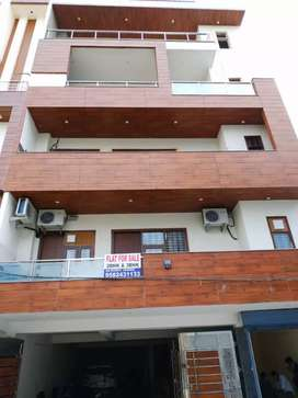 Ready to move 3 BHK flat in Mianwali colony sector 22 Gurgaon