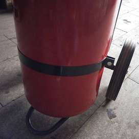 yamato YP-10NR 3.5kg durasi semprotan 17detik  sampai 3-6m apar powder