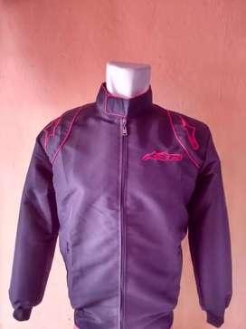 Jaket bikers hitam blus merah
