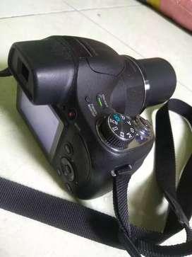 Kamera DSLR sony dsch400