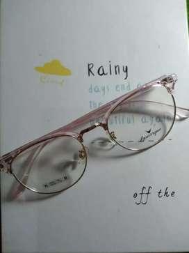 Frame dan lensa kacamata