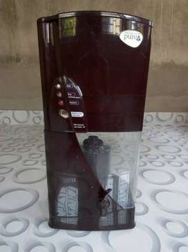Only 2month used,good condition beautiful water purifier by Pureit