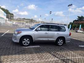 Toyota Land Cruiser 2008 Diesel 140000 Km Driven Perfect Condition