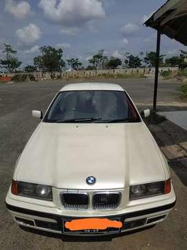 Dijual Mobil BMW e36 318i tahun 1998