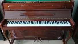 Piano KAWAI C-107
