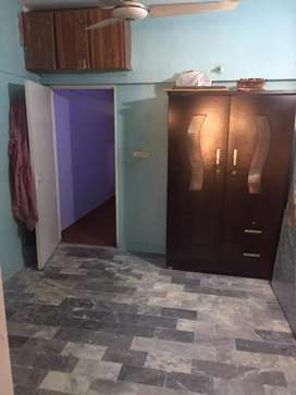 1 n 2 bed lounge flat in johar