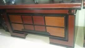 Office executive table size 5*3