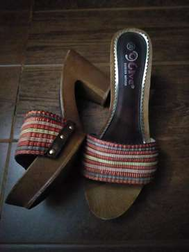 Block heel multicoloured(only lahore residential ppl)