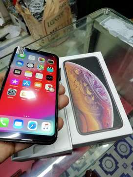 ++ selling my iPhone awesome model sell 5s selling x with bill box