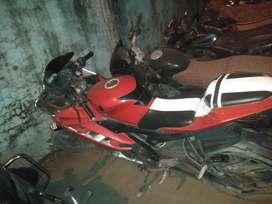 Yamaha r15 v2 nice condition