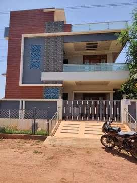 Wonderfully constructed new house near vakalapudi Road kakinada