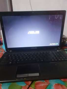 Asus laptop and apple ipad 4