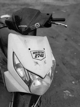 A1 bike Honda Dio black & white