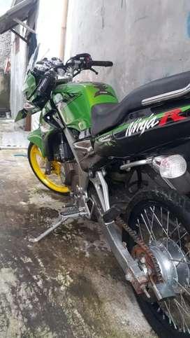 Dijual motor ninja r thun 2014