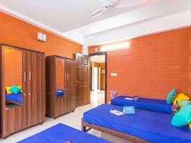 Zolo Brezza - 3 Sharing PG Accommodation for Ladies and Gents