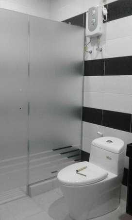 CaraLapisi kaca kamar mandi dg stiker sanblas&kaca film mudah praktis