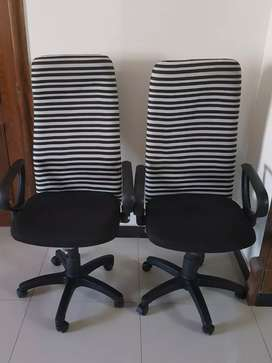 Interwood Revolving Chairs Just like brand new + Tables