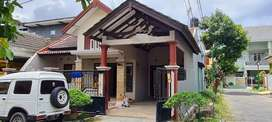 Kontrakan Besar Murah di Aloha - Rumah Pojok