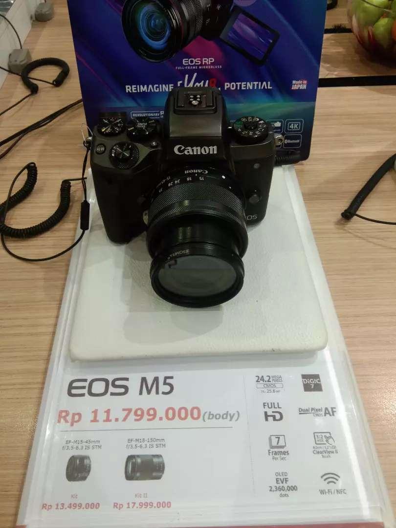 Cicilan Canon EOS M5 0