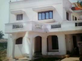 Individual house, grd flr, for lease 10 lacs