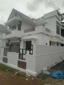 4 bhk 1650 sqft 4 bhk new build  at aluva u.c collage near millupady
