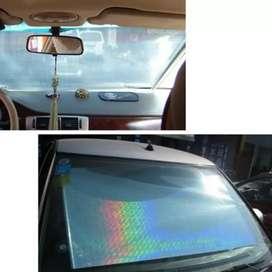 Penahan panas kaca mobil