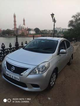 Nissan Sunny 2015 Diesel 75000 Km Driven. Well mantaid