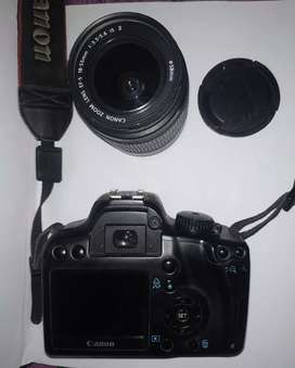 Canon 1000d  lensa kit 18-55mm is ll