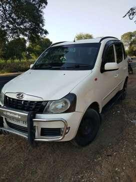 Mahindra quanto car c - 6 model, no insurance