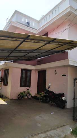 1 BHK First Floor House For rent At Sasthamangalam Jn (Rent-7500)