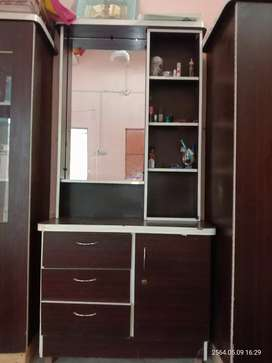 Dressing and divider