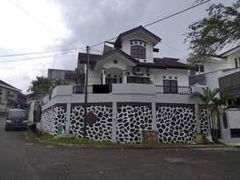Rumah Cantik, Bersih, Terawat, Halaman luas di Balikpapan Baru