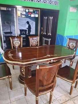 Meja makan kursi ukir salina