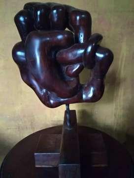 Karya pahat Kayu, cocok untuk hiasan di ruang tamu atau ruang kerja