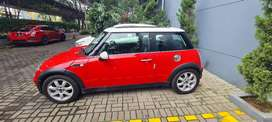 Mini Cooper A/T 2005 Low Miles Mint Condition