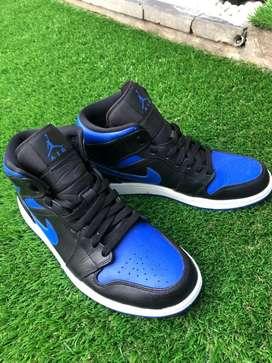 """Dijual Murah Air Jordan 1 Mid """"Royal Toe"""" Original 100% legit"""