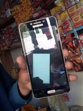 Sell samsung j2 prime good condition simple and smooth