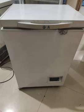 Jual Freezer Box 100lt GEA