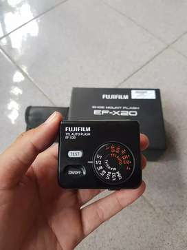 Flash Fuji EF-X20 Like New In BOX